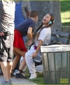 kate-hudson-plays-recycled-teenager-on-sister-set-with-sia-09.jpg