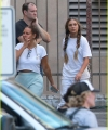 sia-shows-her-face-smiles-wide-on-set-kate-hudson-maddie-ziegler-09.jpg